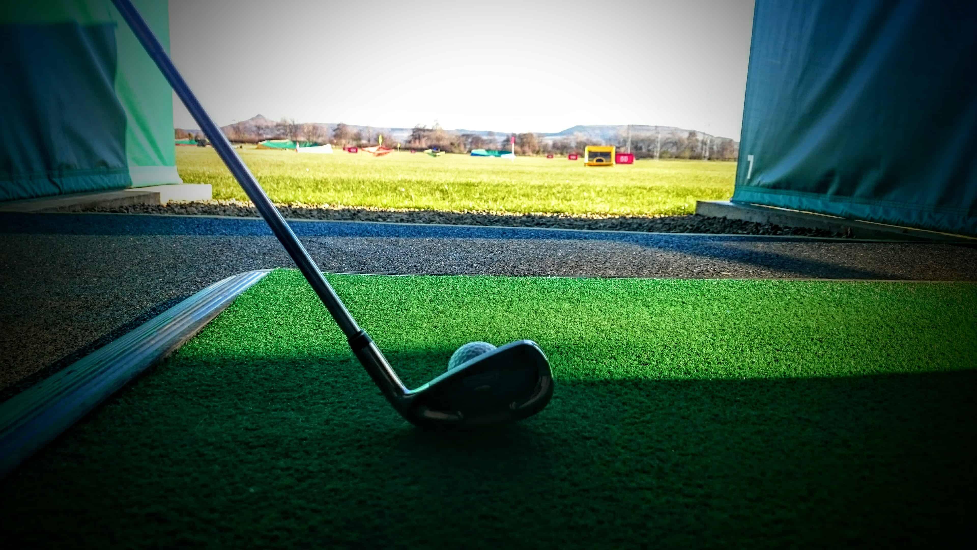Driving range stokesley golf range for Verlichte driving range
